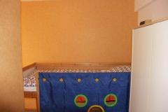 Ferienbauernhof Schleiter_Wohnung_06_Kinderbett