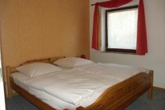 Ferienbauernhof Schleiter_Wohnung_06_Schlafzimmer